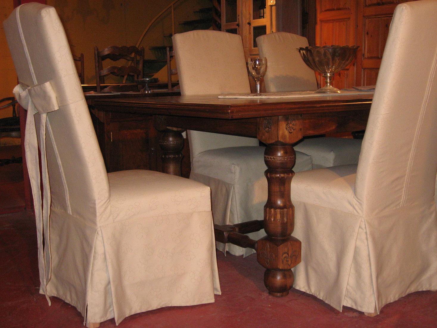 Meubles de salle manger for Salle a manger louis xiii