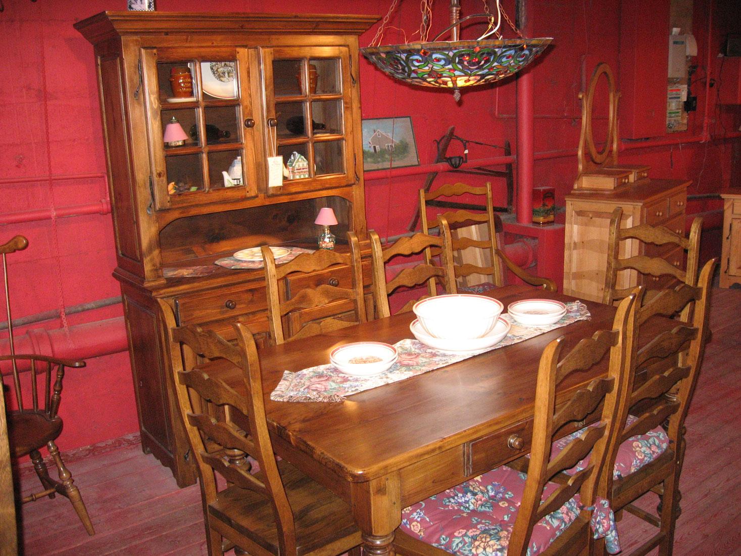 Meubles de salle manger for Meuble salle a diner