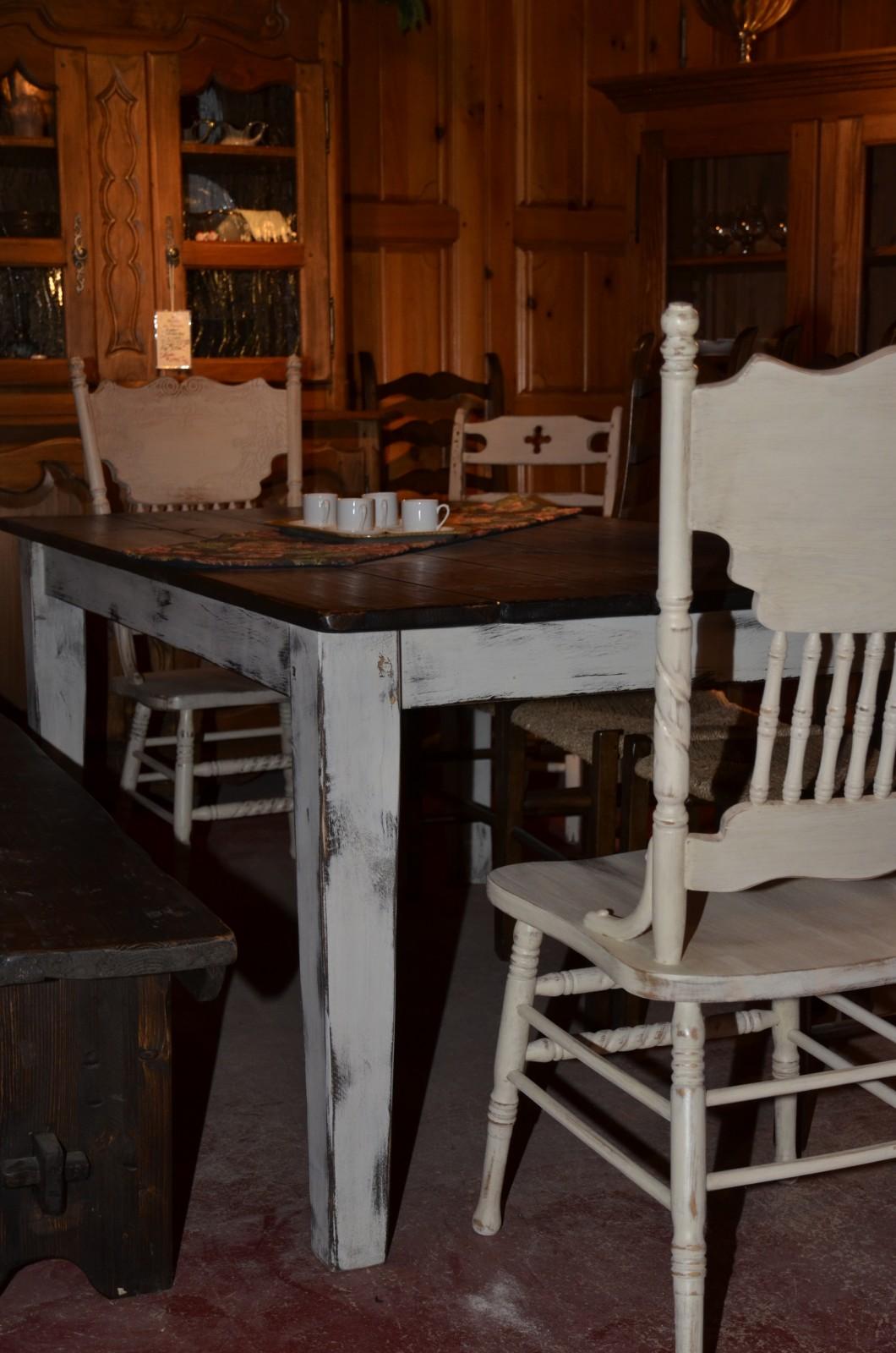 table en bois de grange meubles des patriotes. Black Bedroom Furniture Sets. Home Design Ideas