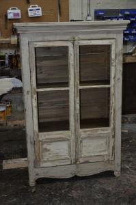 Armoirette vitrée bois ancien