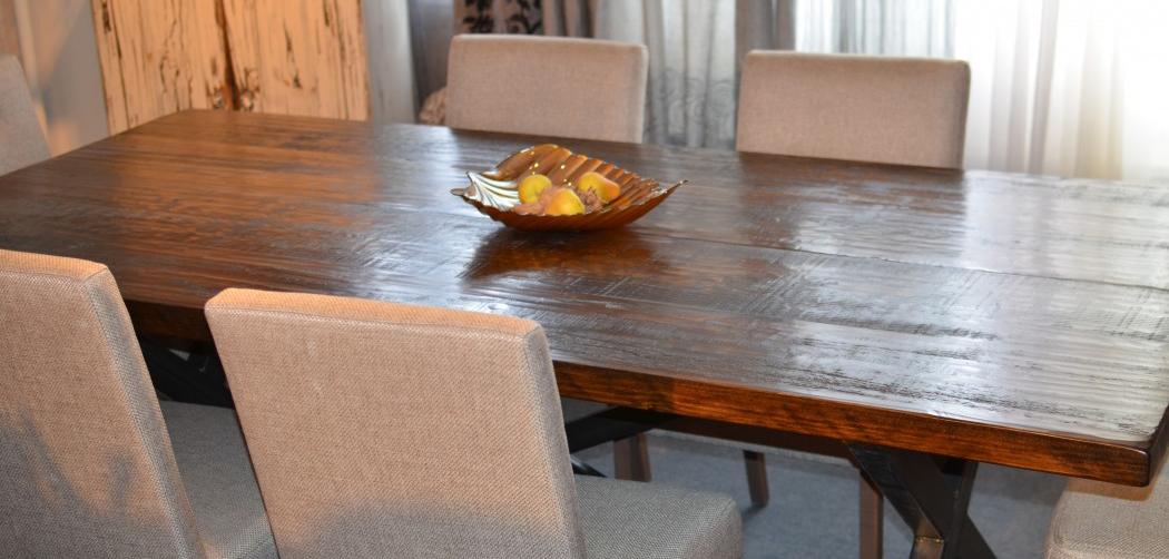 Beniste artisan ma tre finisseur pour meubles d 39 poque - Faire l amour sur un meuble ...