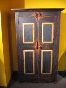 Armoire rustique bois ancien
