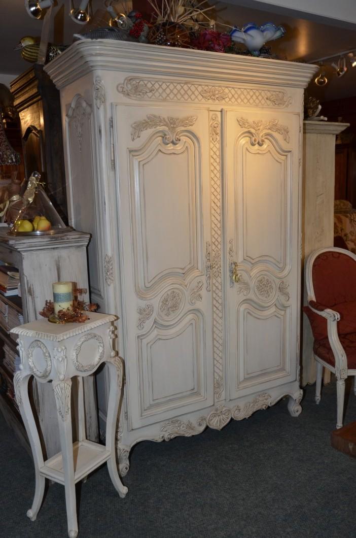 Armoire sculpt e louis xv meubles des patriotes - Meuble louis xv ...