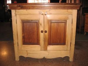 Buffet rustique en bois