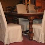 Table Louis XIII sculptée