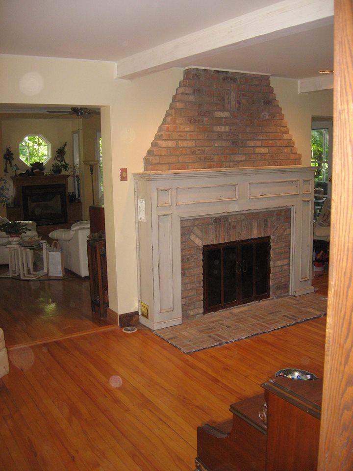 Meuble manteau de foyer bois massif pin sur mesure for Meuble authentika laval