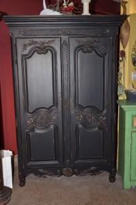 Armoire Louis XV noire