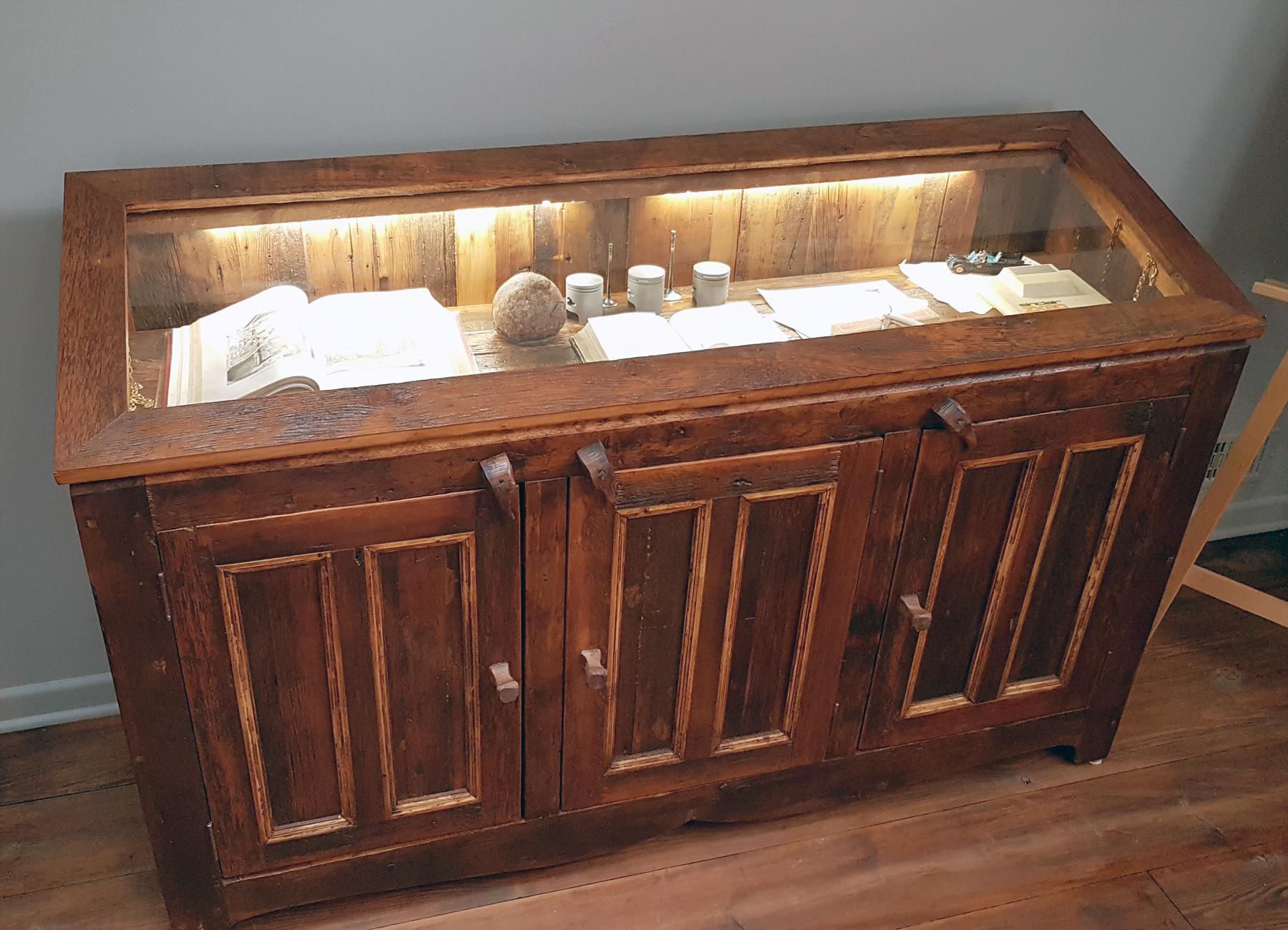 manufacturier de meubles sur mesure en bois massif et bois ancien. Black Bedroom Furniture Sets. Home Design Ideas